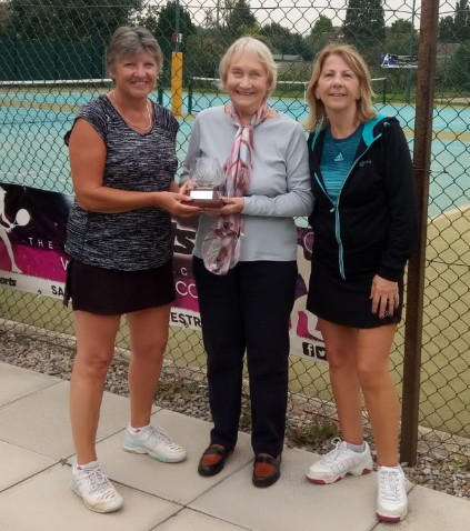 Beryl Bean Tournament winners 2019 - Denise Crane and Sue Espiner